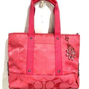 Gorgeous Coach Kyra Daisy Signature Tote Bag